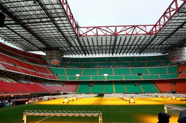 【圣西羅球場】是坐落于米蘭的一座足球場,距米蘭市中心僅6公里.圖片